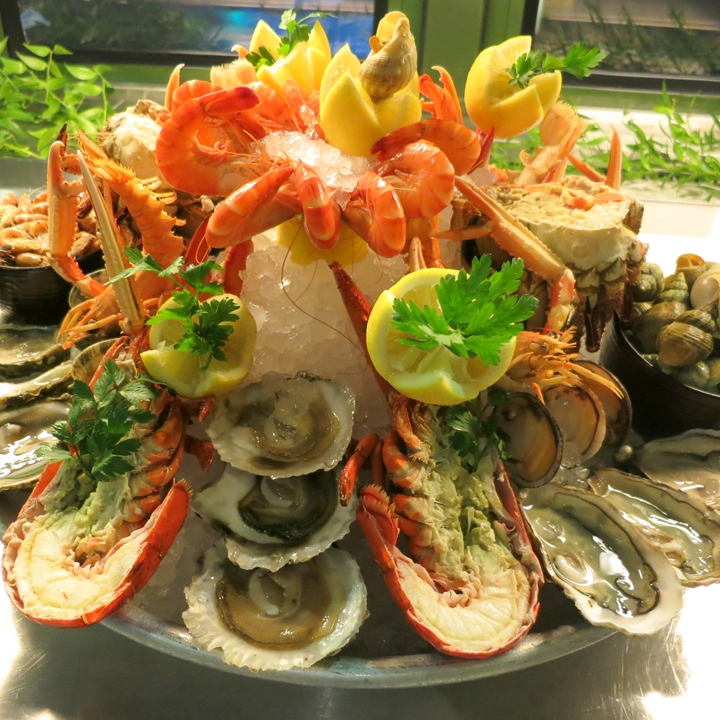 <p>PLATEAU DE FRUITS DE MER</p> <p>VIP-Seafood-Plate</p>  <p> Every THURSDAY</p>
